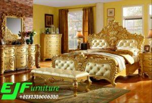 Set Tempat Tidur Ukir  Warna Emas Mewah